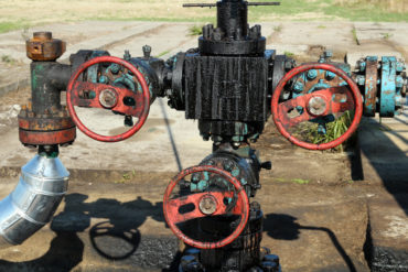 Oil Pipeline and Valves