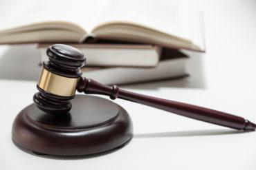 Tribunal judge hammer