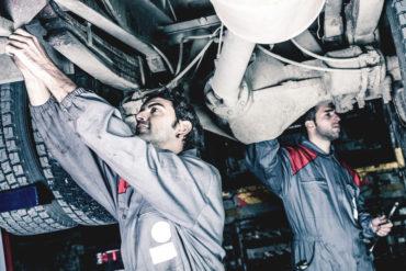 repairing auto