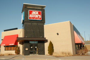 Business interruption insurer could be sued by this Canadian restaurant owner