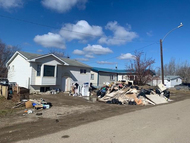 Homes damaged in flood